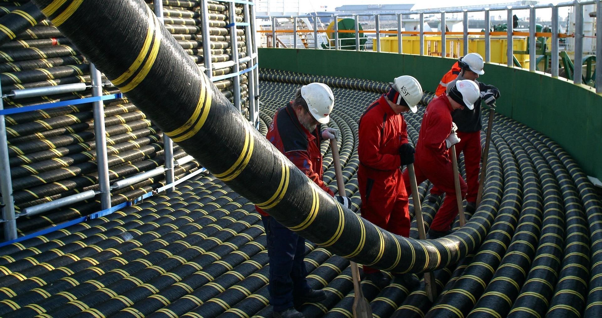 Вести со дна: IT-гиганты начали активно строить собственные подводные магистральные сети
