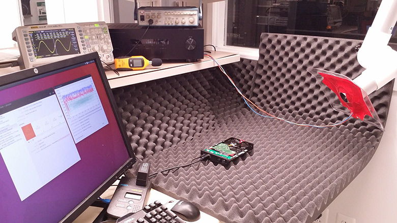 Опубликованы звуковые частоты и углы атаки для выведения из строя HDD разных моделей направленным звуком