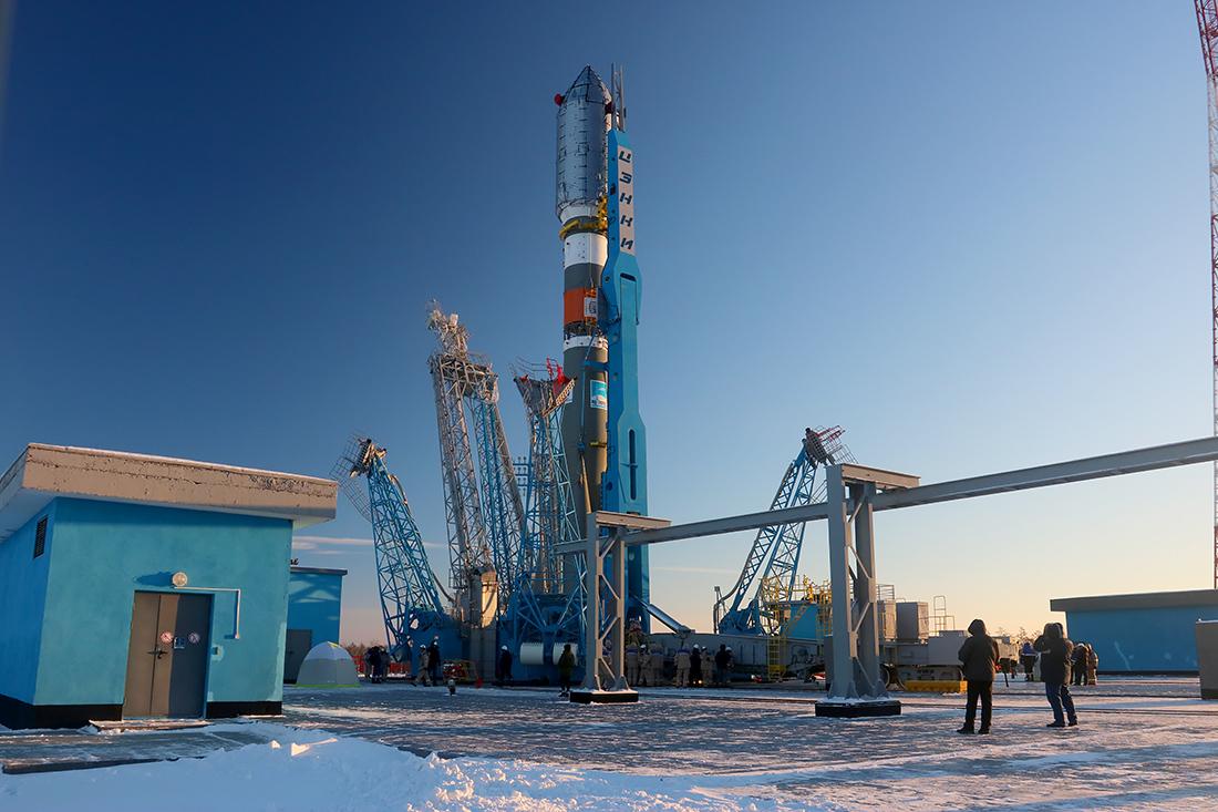 Вывоз ракеты перед стартом на Восточном