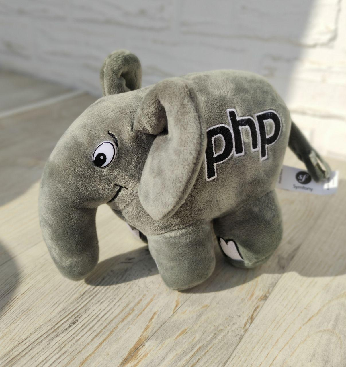Месяц до релиза PHP8. А на какой версии ты в основном сидишь сейчас?
