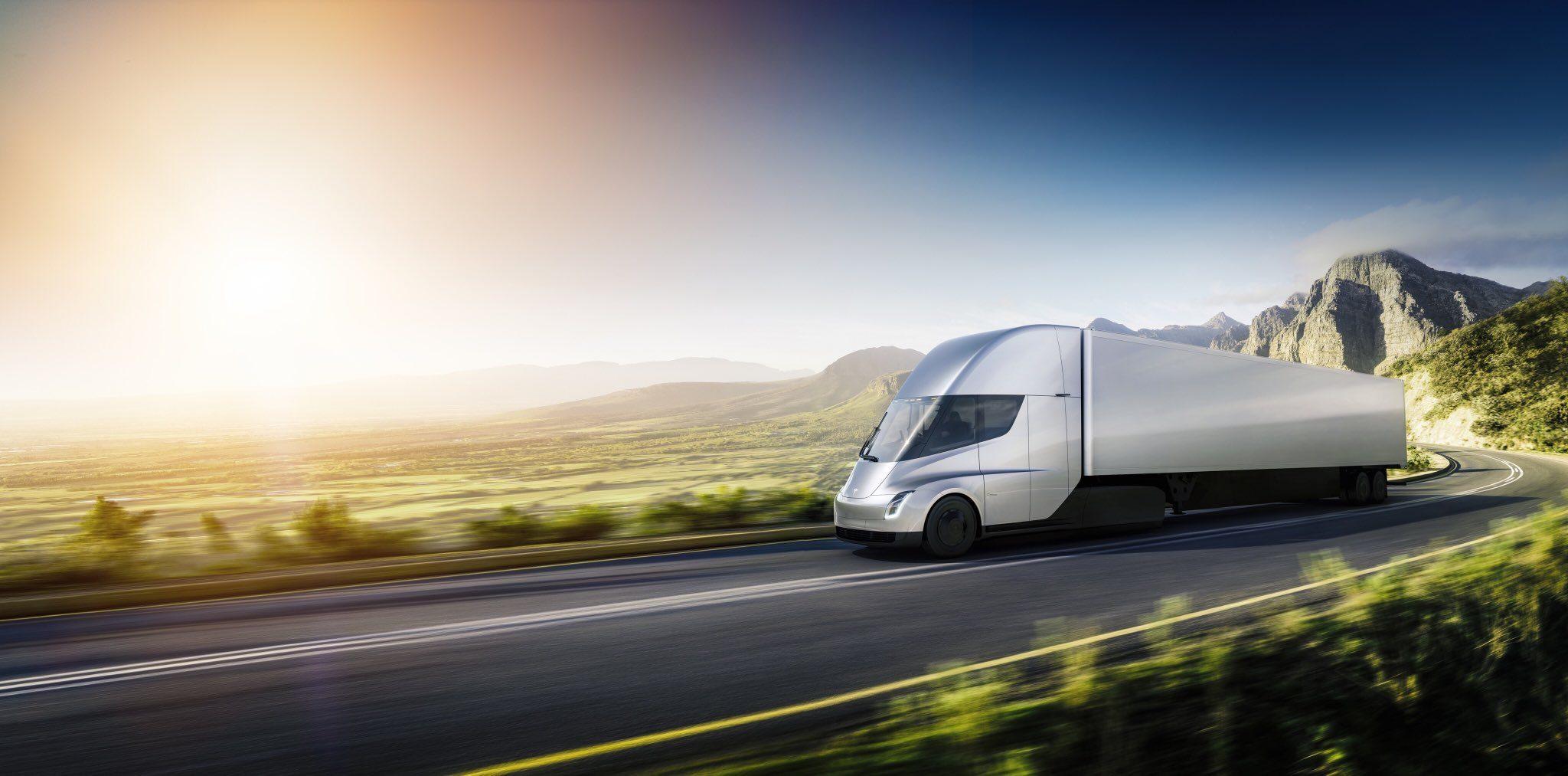 Tesla Semi и Tesla Roadster 2