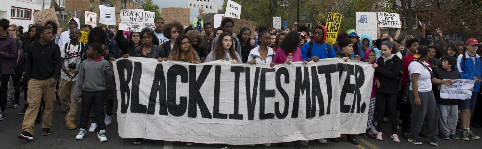 BLM как социальное движение против расизма влияет на развитие английского языка