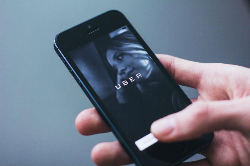 Инвесторы снизили финансовую оценку Uber на $18,5 млрд после серии скандалов и хакерских атак