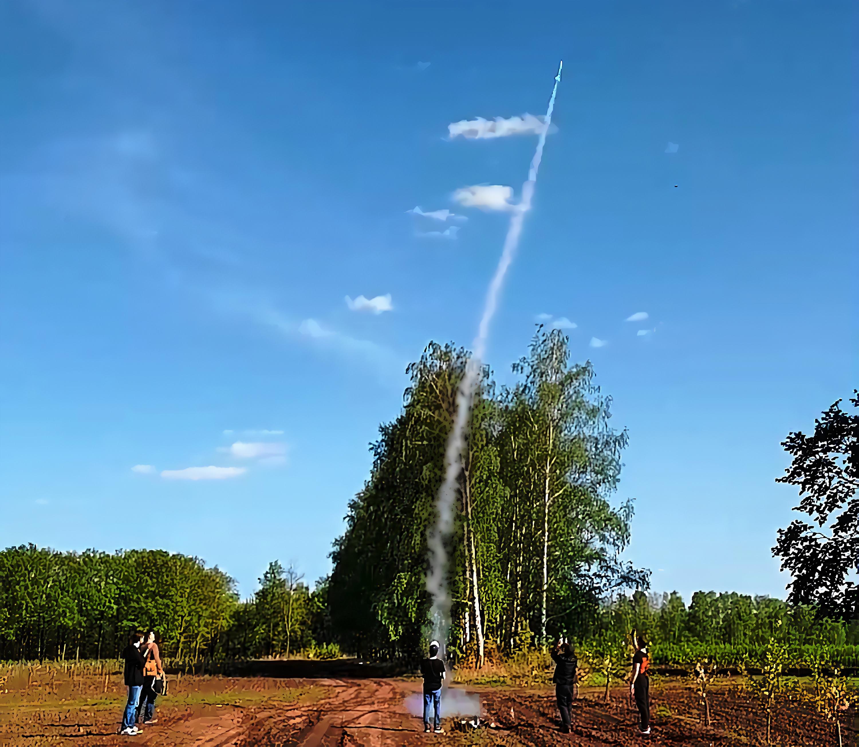 Из песочницы Per aspera ad astra, или как я строил ракету. Часть 1. Делаем движки и запускаем ракеты