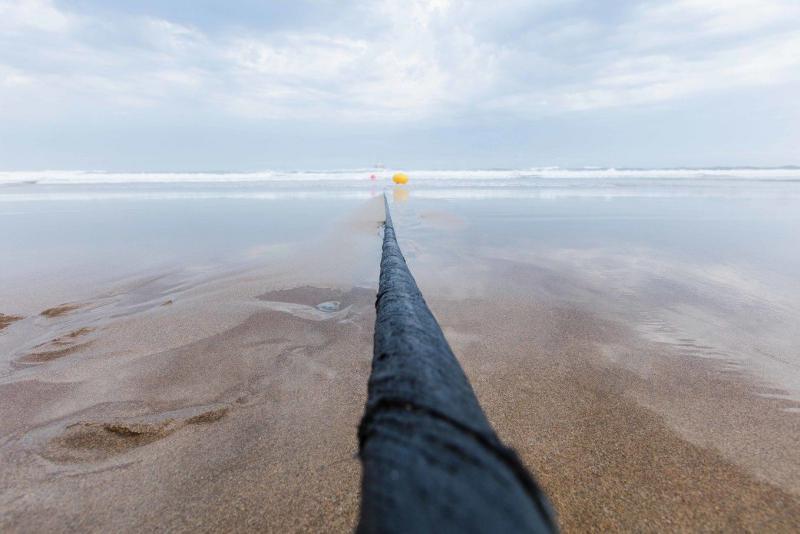 Как порыв ветра положил начало одной из крупнейших телеком-строек века