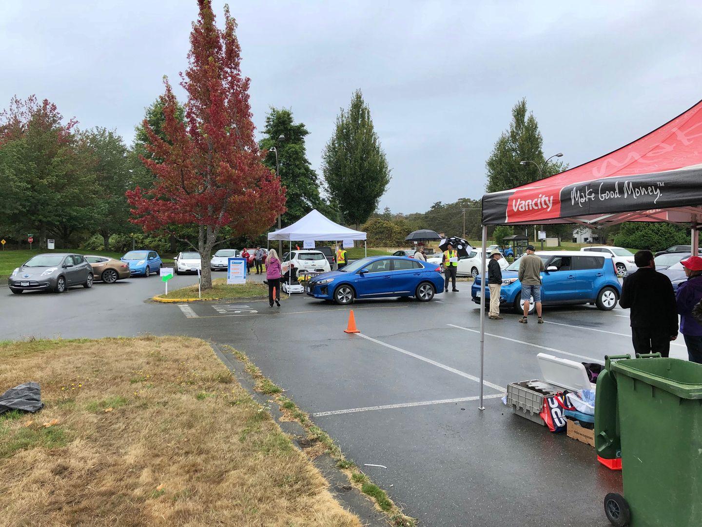 Тест-драйв VW e-Golf, Nissan Leaf и Tesla Model 3