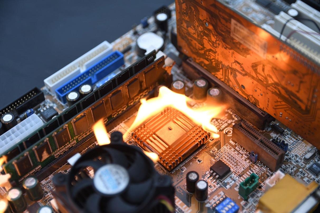 Intel х86 Root of Trust: утрата доверия