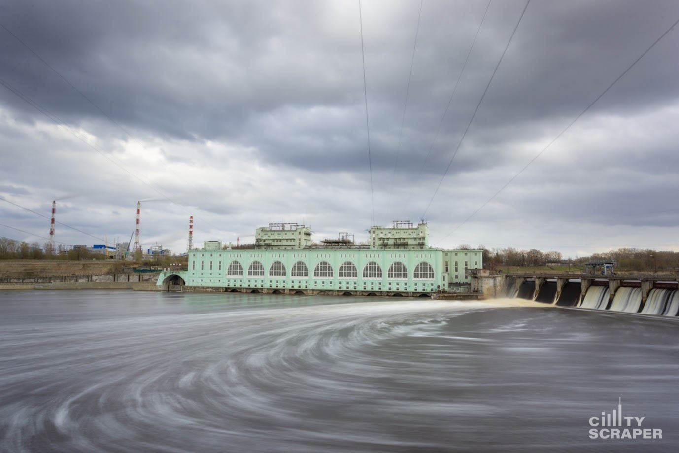 Весенний Волхов город первой крупной ГЭС