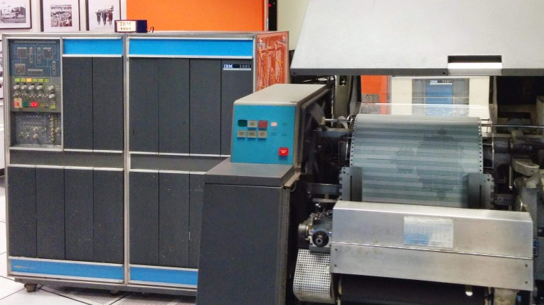 Repair of the printer from the mainframe IBM 1401 era 60