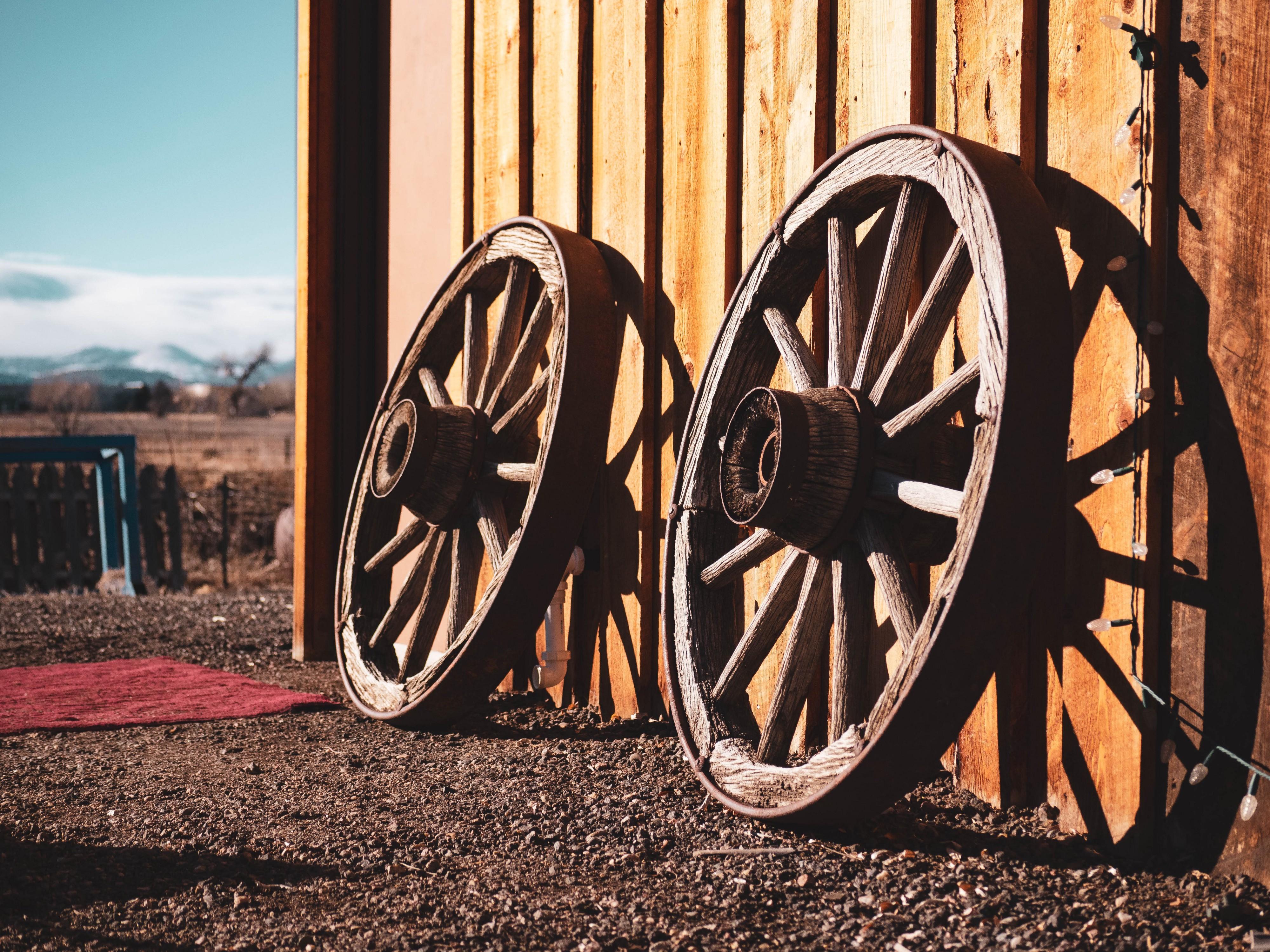 Почему полезно изобретать колёса