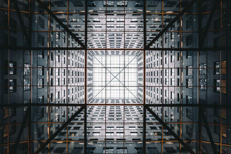 Как получить дополнительный доход для компании с помощью биржи: инвестиции в структурные продукты