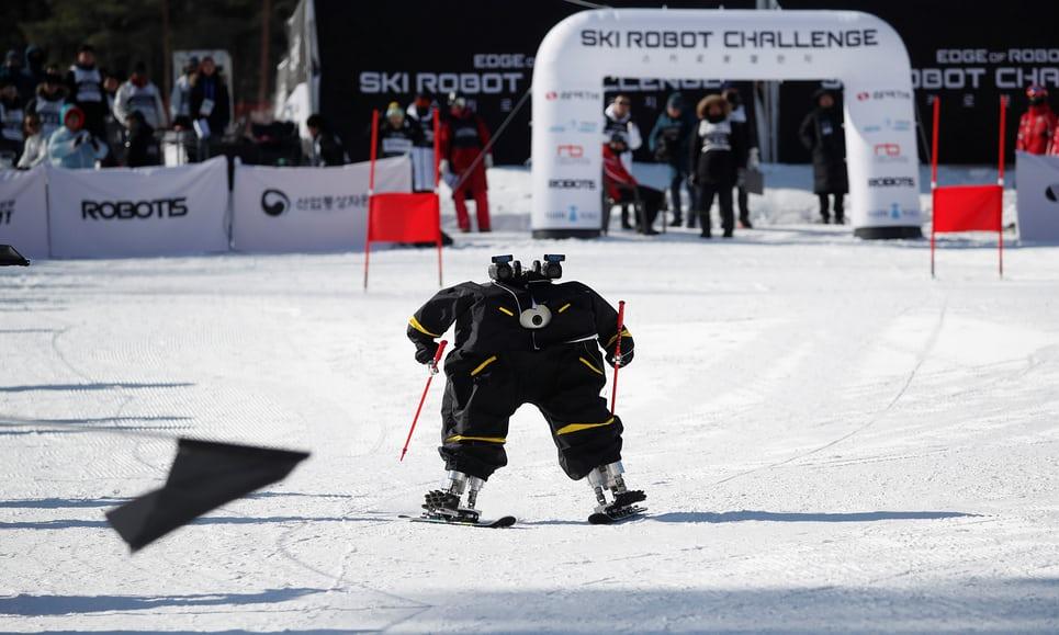 На Олимпиаде-2018 прошли соревнования по горнолыжному спорту среди роботов