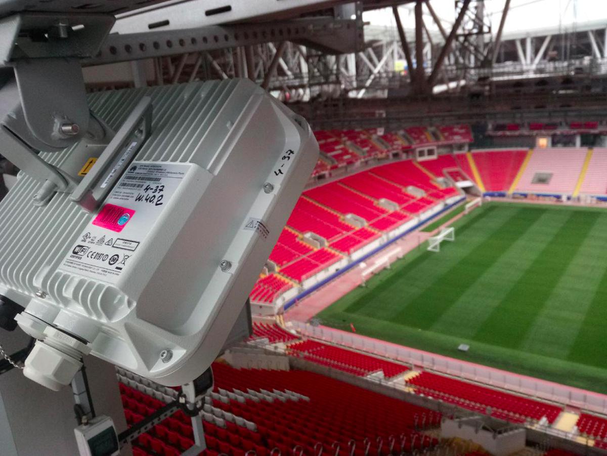 Как развернуть HD Wi-Fi для 45 тысяч болельщиков за 10 дней? Стадион «Спартака» в ожидании ЧМ-2018