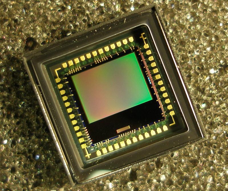 Ученые создали камеру размером меньше миллиметра, и ей не нужна батарея
