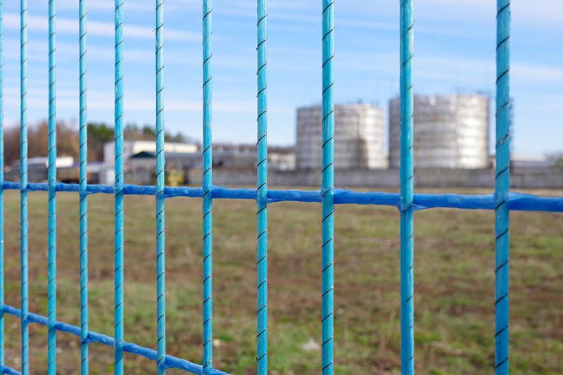Забор из рулона  радиопрозрачные инженерные заграждения