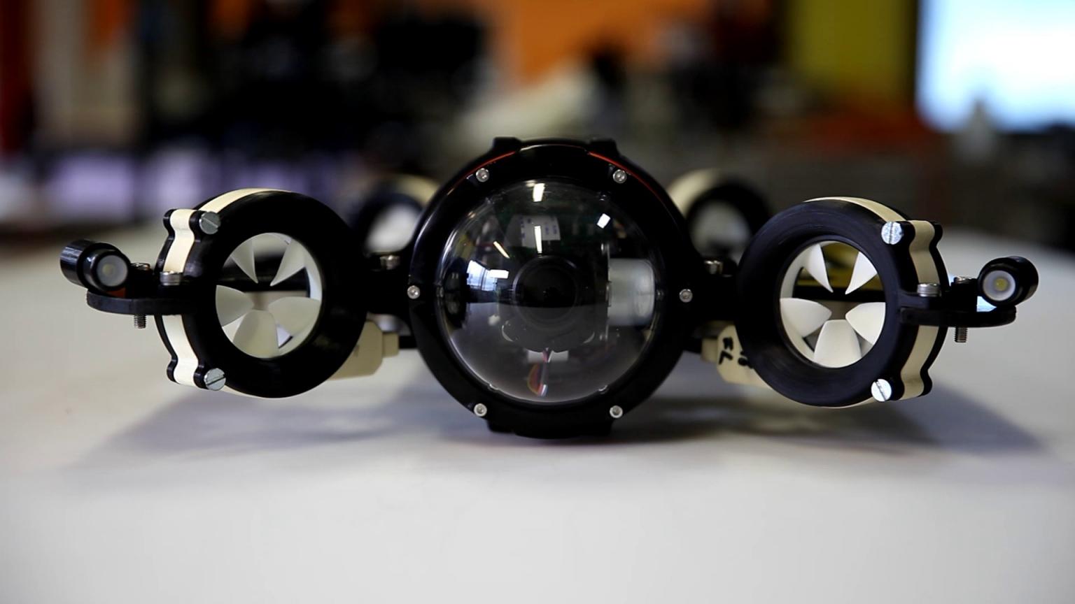 [Перевод] Стартап из Швейцарии разработал систему беспроводной связи для подводного дрона