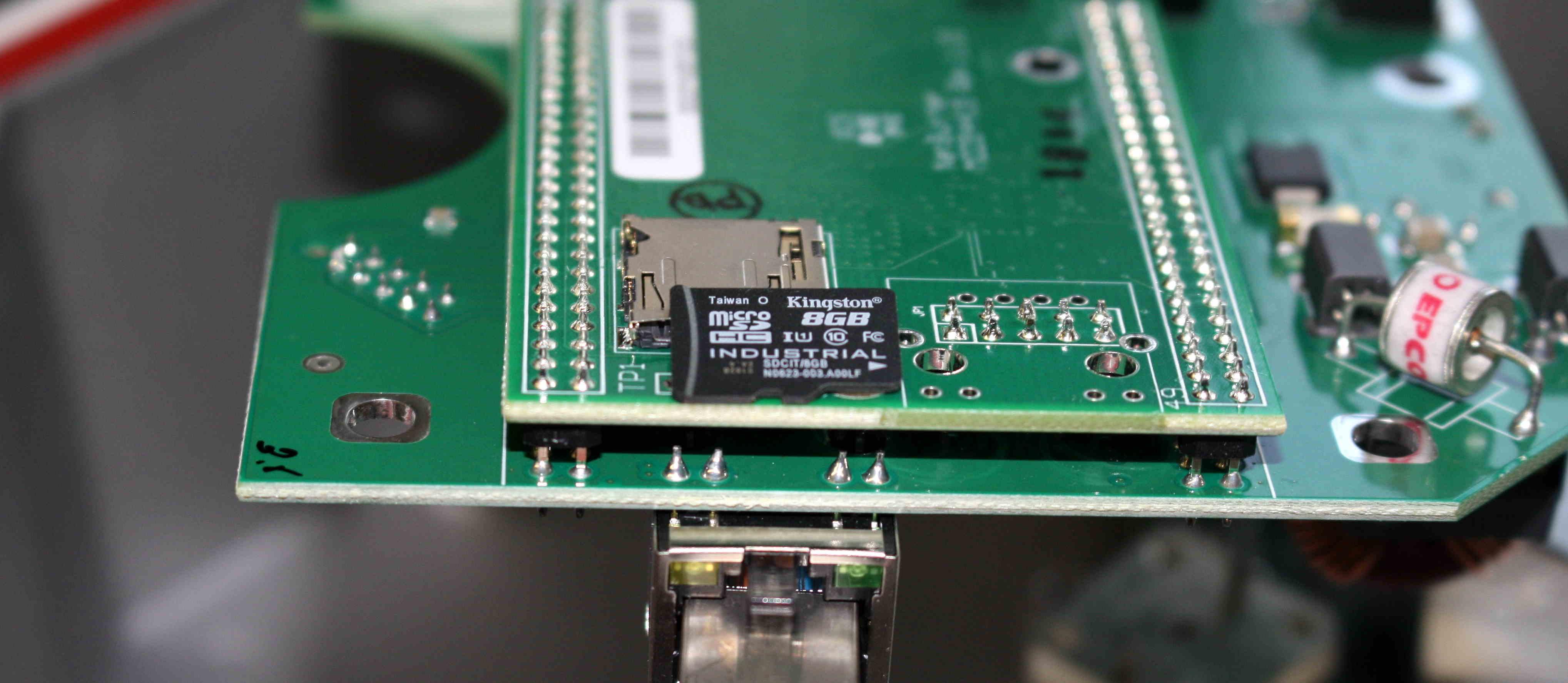 От Норильска до Эр-Рияда: реальный кейс применения карт памяти Kingston Industrial Temperature microSD UHS-I