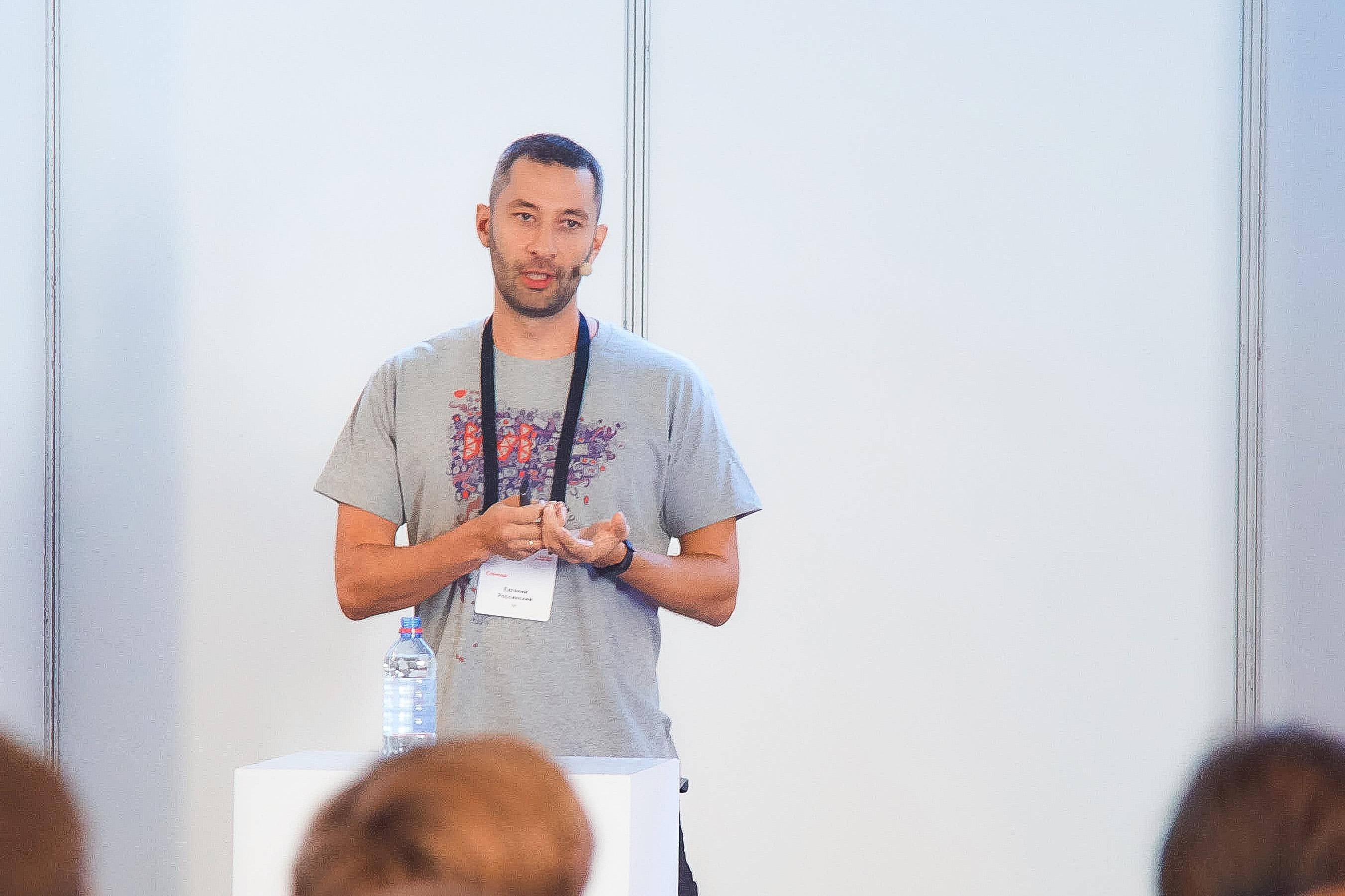 Горизонтальный vs. вертикальный рост разработчика. Мнения из ivi и Яндекса