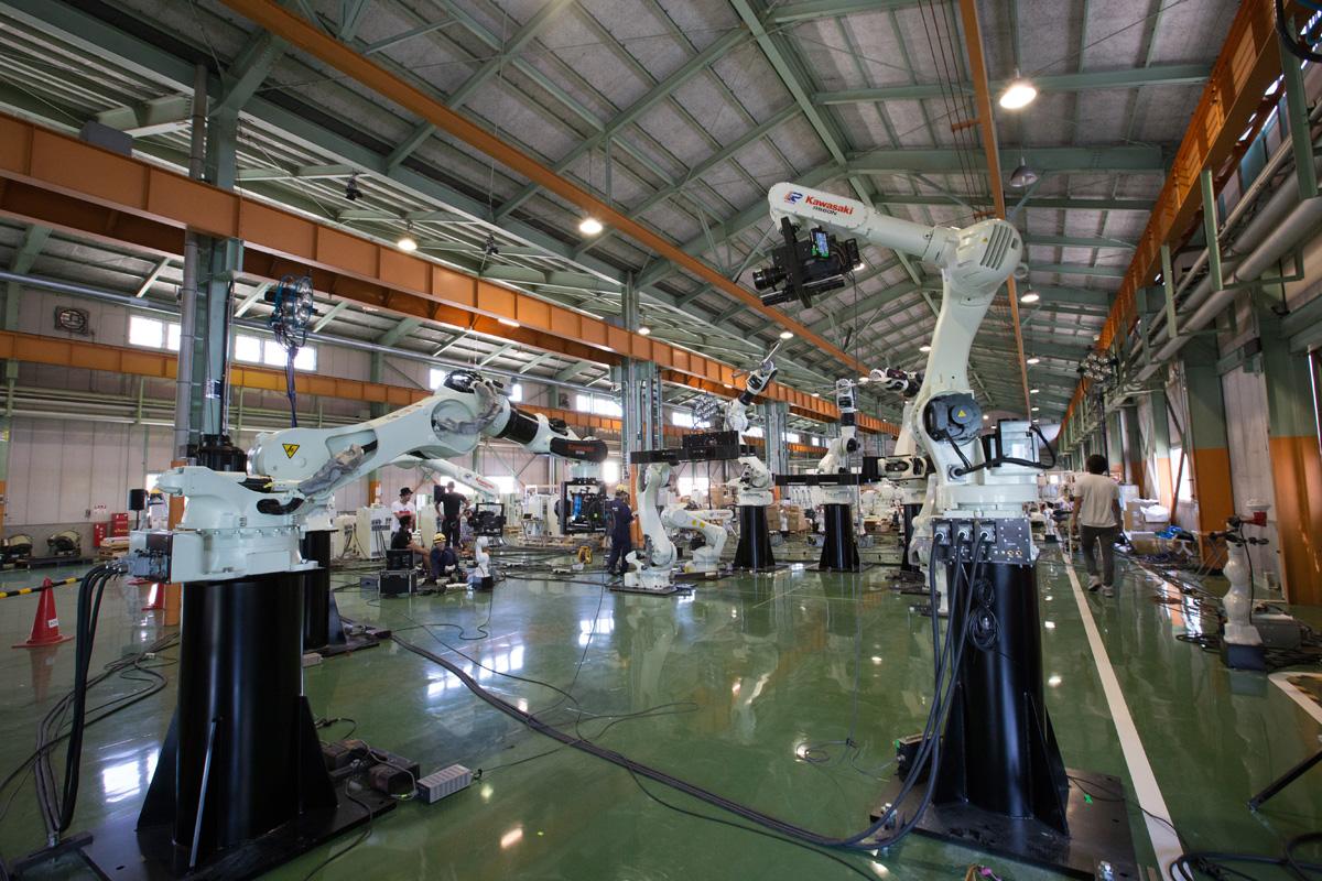Промышленные роботы в деле: кейсы от Kawasaki для ИТЭР, «ДиКома» и «Ленмонтажа»
