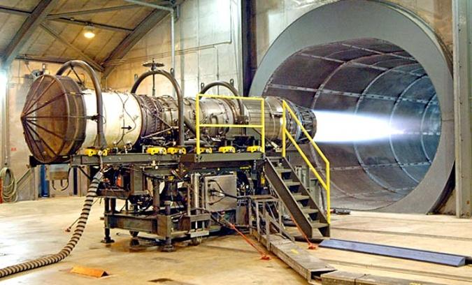 «Роскосмос» готов отдать российскую часть МКС под частный космодром с ядерными буксирами
