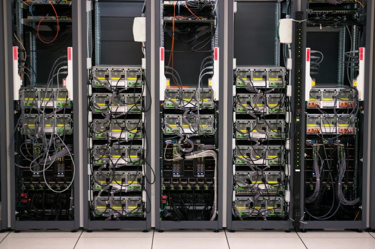 Самостоятельные дата-центры: топливные элементы вместо электросети