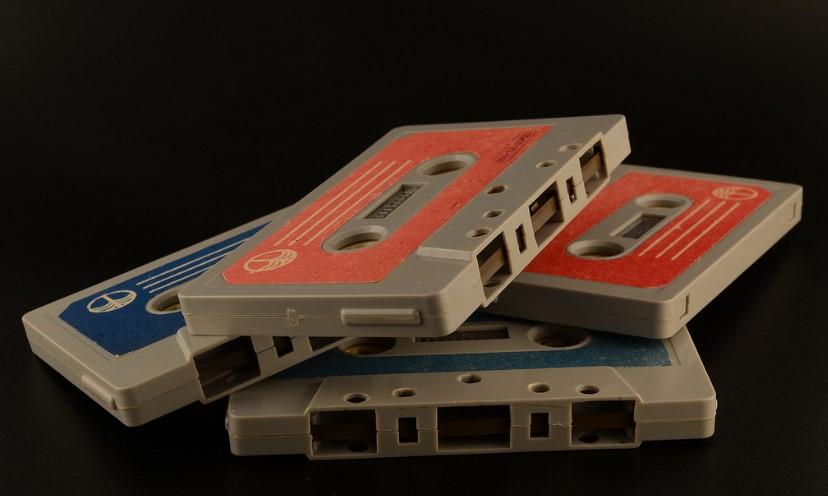 История советских кассетников (часть вторая): бум советских Walkmanов, гаджет для КГБ и магнитофоны-конструкторы