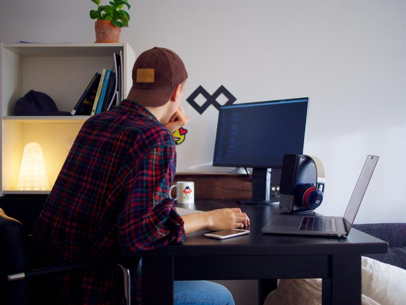 Как найти удаленную работу в США и Европе списки 1000 компаний, полезные инструменты для поиска  личный опыт