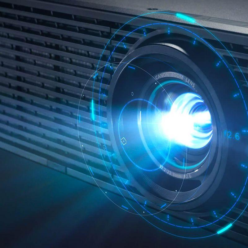 [recovery mode] Обновленная серия проекторов Canon XEED: история приземления звездных технологий
