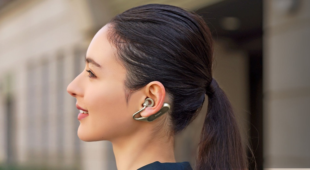 The headset-assistant Sony Xperia Ear Duo received an important update
