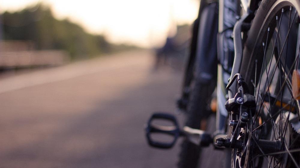 Какой велосипед выбрать для городских, загородных и экстремальных поездок — обзор моделей Airwheel и Twitter
