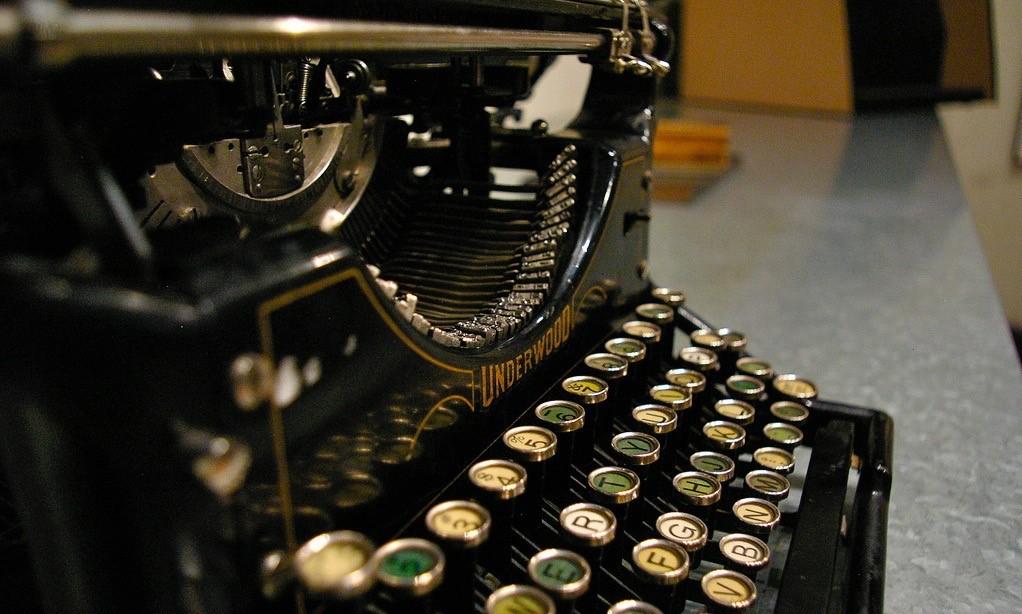 Электронные книги и их форматы: рассказываем про PDF — его историю, плюсы и минусы