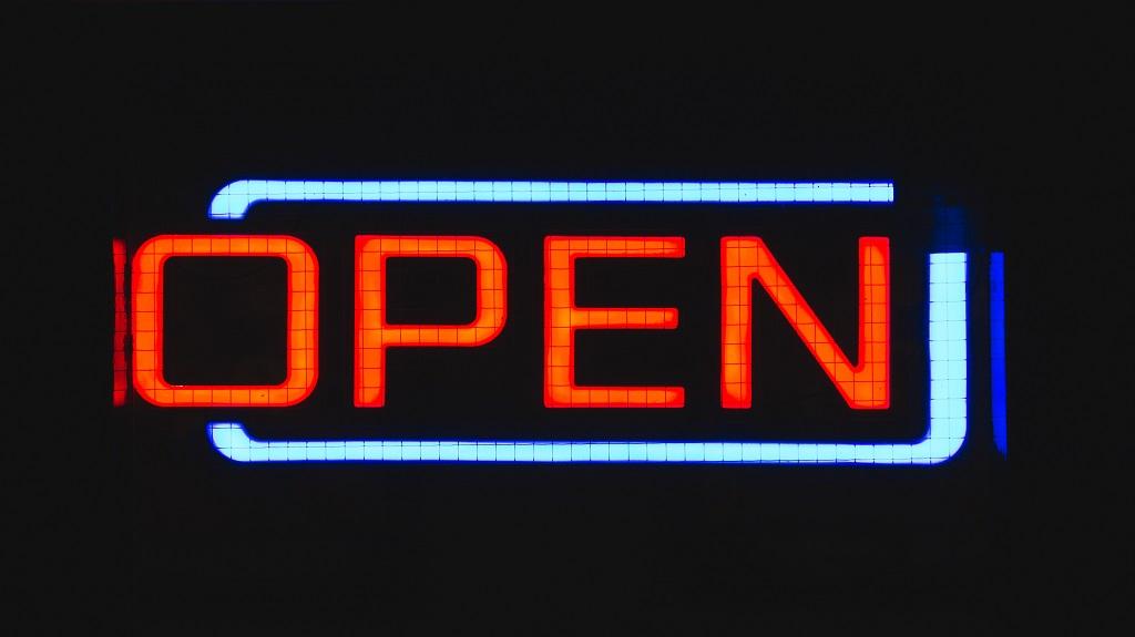 Чем занимаются опенсорсные фонды — говорим о свежих проектах OpenStack и Linux Foundation