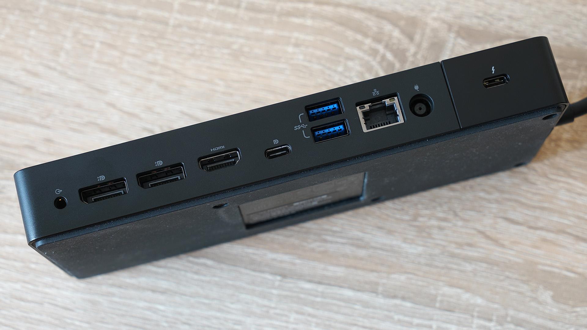 Dell Latitude 7400 2-in-1: красивый и лёгкий корпоративный
