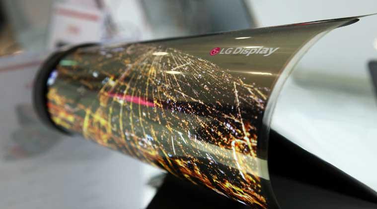 Купить телевизор и свернуть его трубку: LG планируют старт продаж гибких телевизоров в наступающем году