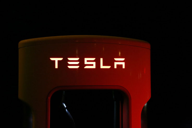 Analysis: on whose money Ilon Mask can redeem all shares of Tesla