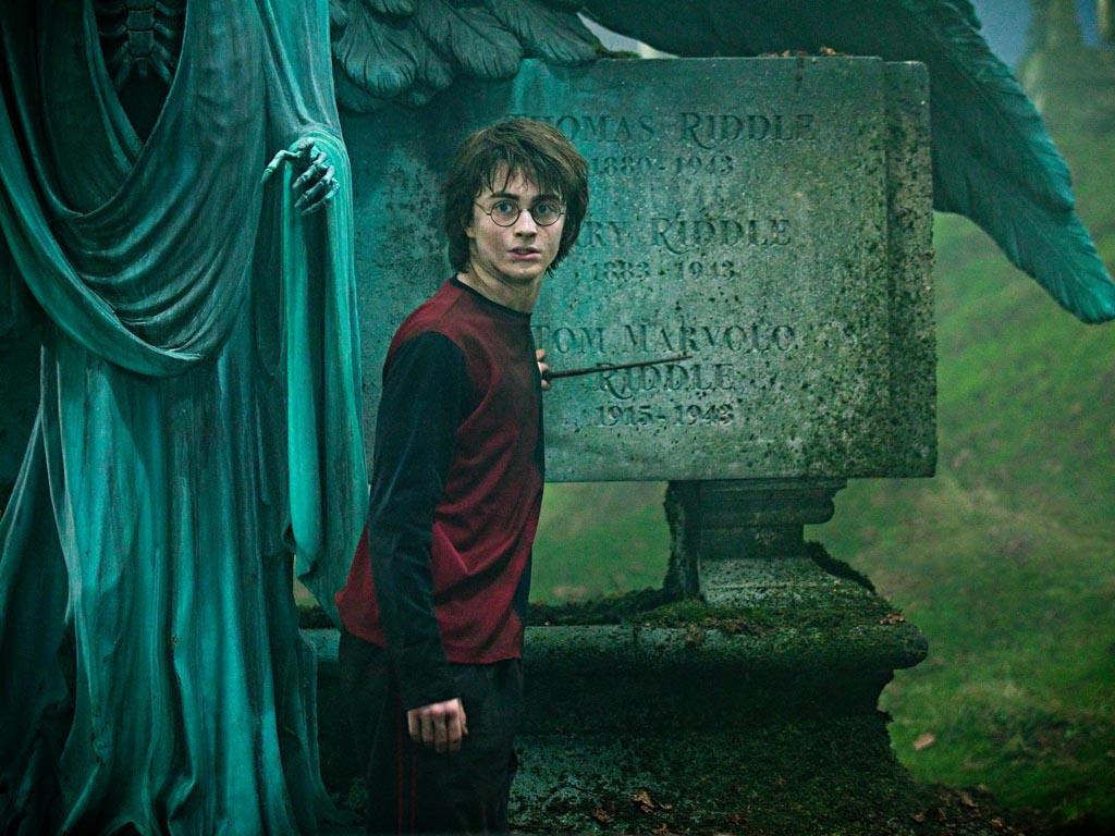 Гарри Поттер и трудности перевода: РОСМЭН и МАХАОН против оригинала