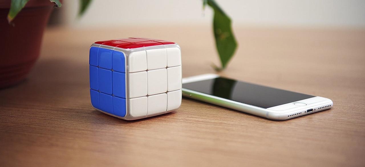 Three smart cubes of Rubik: Xiaomi, Roobo and GoCube