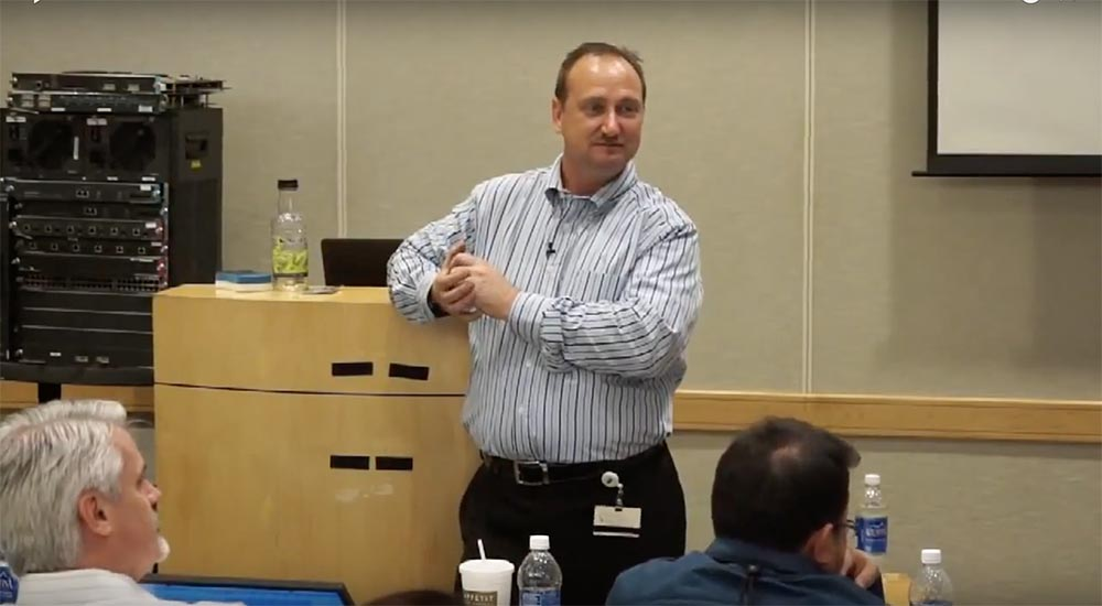 "Training FastTrack. ""Networking basics."" ""The value of Cisco in data centers."" Eddie Martin. December, 2012"