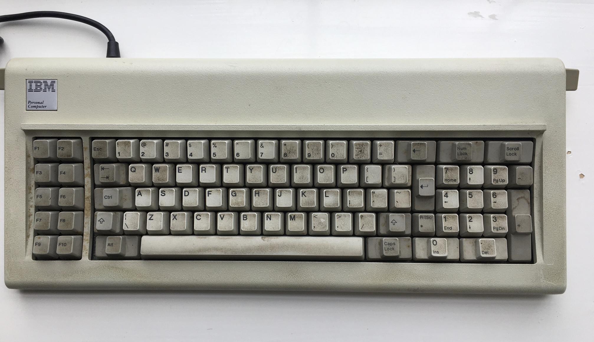 Перевод Реставрация легендарной 37-летней IBM Model F