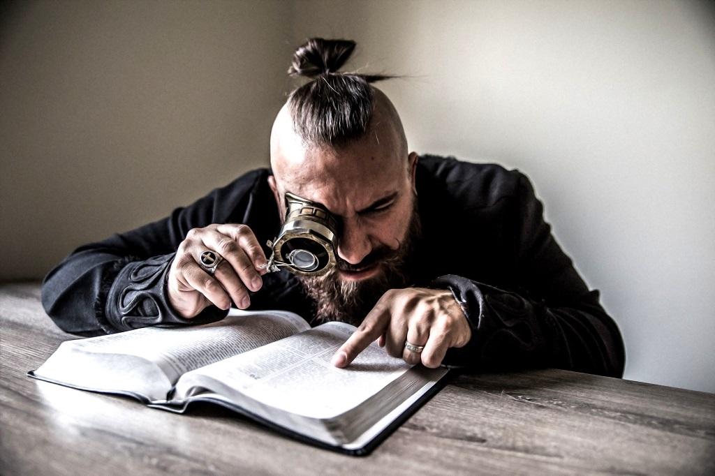 «Читай, если любишь слушать»: книги для тех, кто неравнодушен к музыке — от классики до хип-хопа