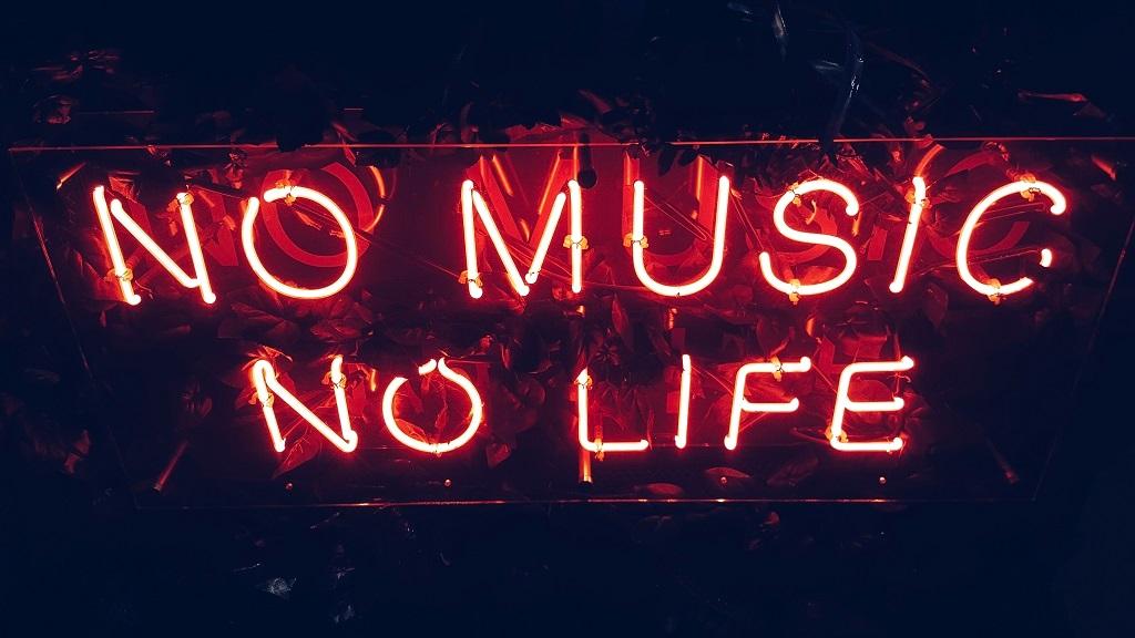 Обсуждение: как стриминговые сервисы меняют музыкальную культуру и подход к написанию песен