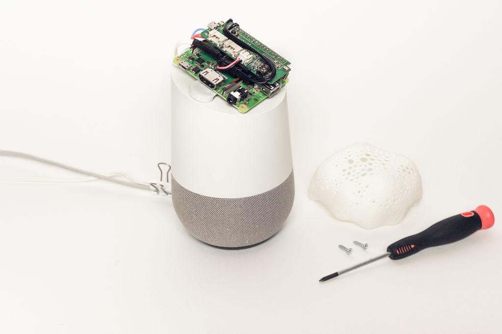 Взлом Amazon Echo и Google Home для защиты приватности