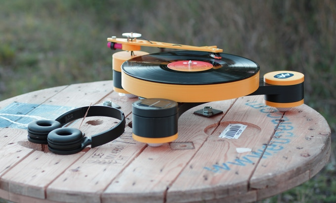 Created the first modular vinyl player, printed on a 3D printer, they plan to release a DIY kit in series