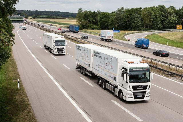 Robot Cars: Platooning and Bavarian sausages