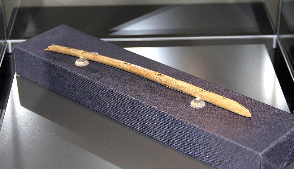 Самые старые флейты  на каких из них играли наши предки, и на каких мы играем до сих пор