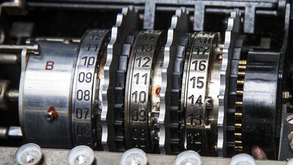 Немного криптографии: загадочная и легендарная Enigma