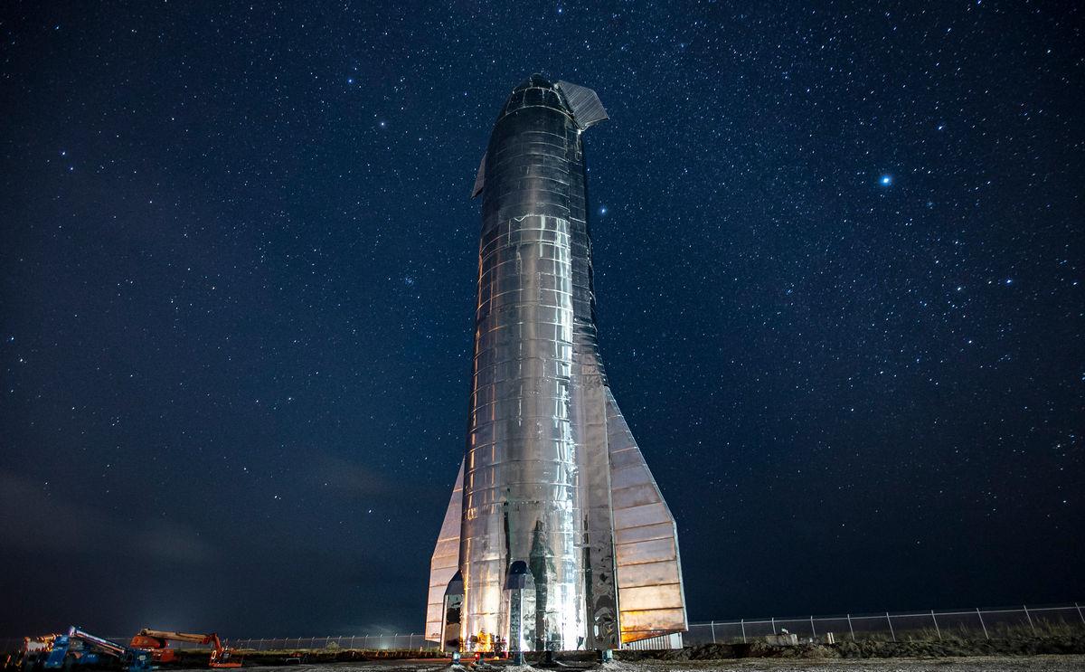 История Starship: через водонапорные башни к звёздам